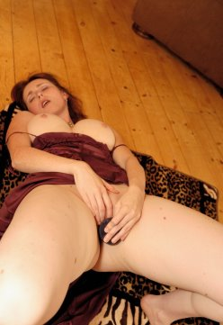 Elli Nude passionate playing